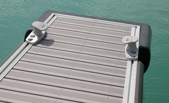 Floating pontoons