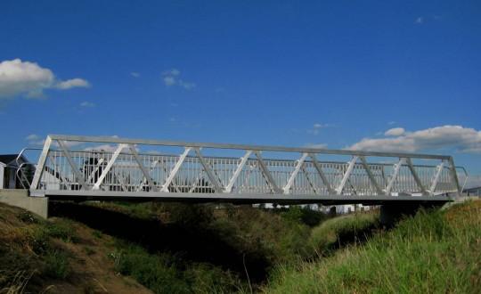 Pedestrian bridges