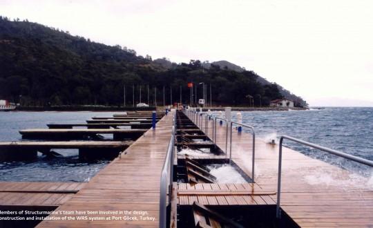 Système de réduction des vagues (WRS)